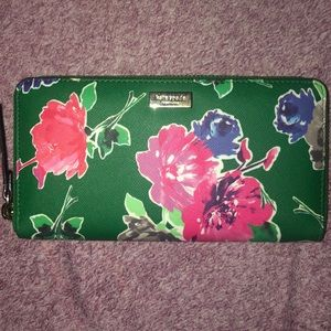 NWT! Kate Spade floral wallet
